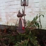 Der Elch als Nachtwächter im Garten