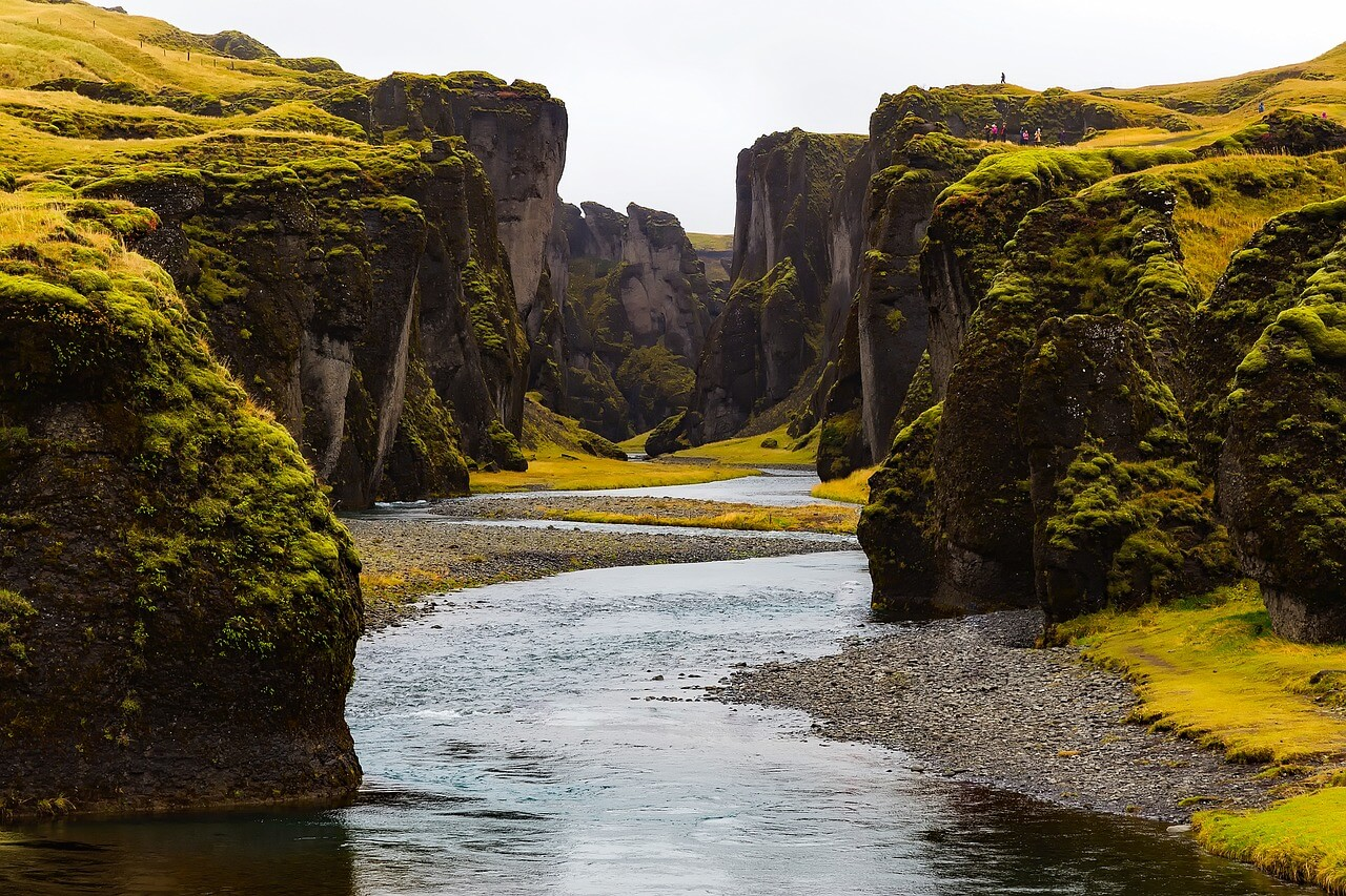 Ein Bachlauf in Island